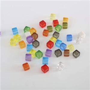 8mm/10mm wholesale custom metal color cubes plastic game cube