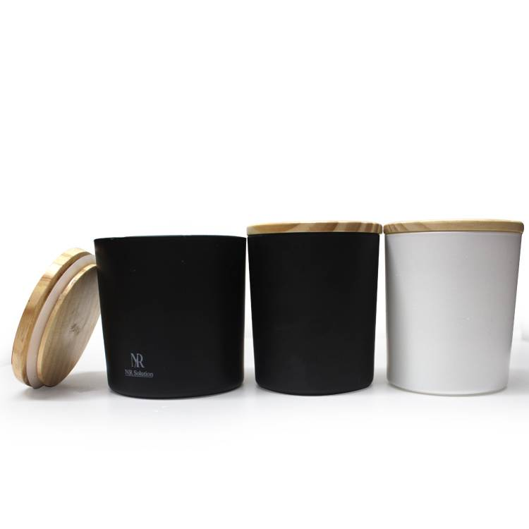 LXHY-0157 Eco-friendly fancy glass matte white or black luxury customized jars for candles with wood lid