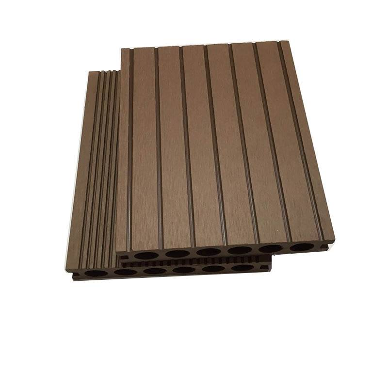 Anti-slip Low Maintenance Exterior Hollow WPC Decking