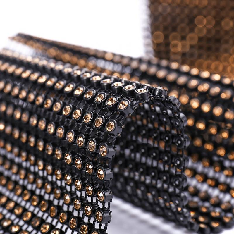 Popular Factory High Quality 24 Rows Rhinestone Mesh Chain With Gold Gems