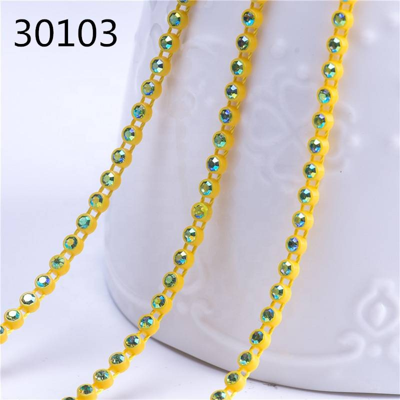 Crystal Rhinestone Belt Bulk Plastic Rhinestone Chain Trim For Wedding Dress