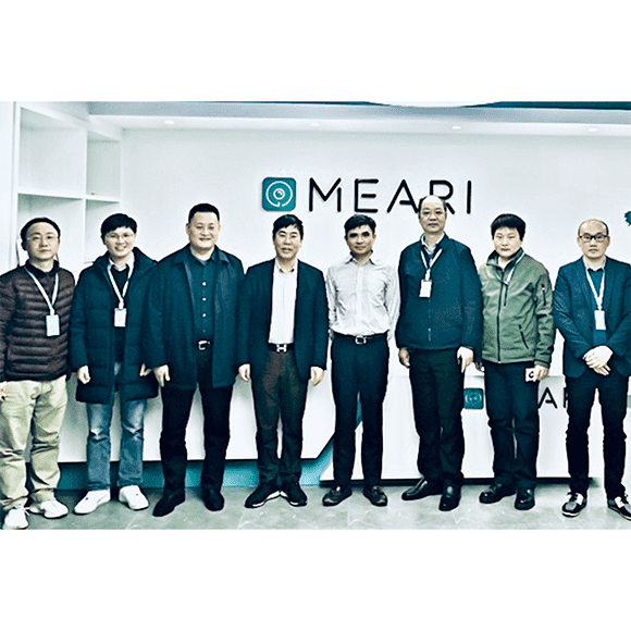 Mr. Chen Wenjun, the Deputy Distirct Head of Binjiang and Administrative Committee of Gaoxin Area Visit Meari Company
