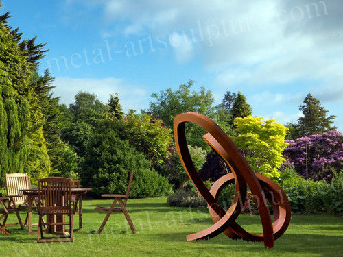 Durable Weather Resistance Steel Garden Sculpture For Metal Landscape Decor