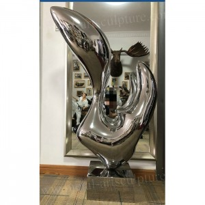 Stainless Steel Sculpture Modern Design Artwork With Abstract Mirror Surface Finish