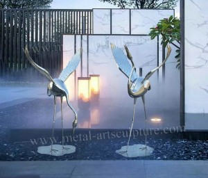 Large Animal Sculpture , Stainless Steel Garden Statues For Plaza Decoration