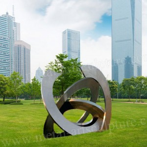 Brush Stainless Steel Sculpture Round Sculpture as External Lawn Decoration
