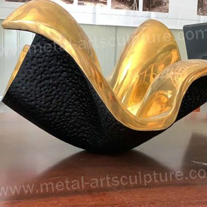 Contemporary Outdoor Metal Sculpture for restaurant Decor