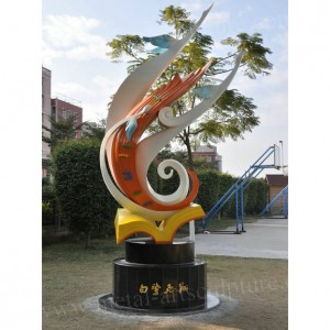 Egret Sculpture School Metal Statue Art Design Outdoor Decoration