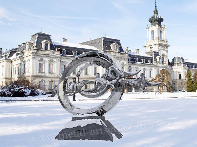 Huge Modern Outdoor Sculpture Stainless Steel As Road Decoration With Metal Circle Shape
