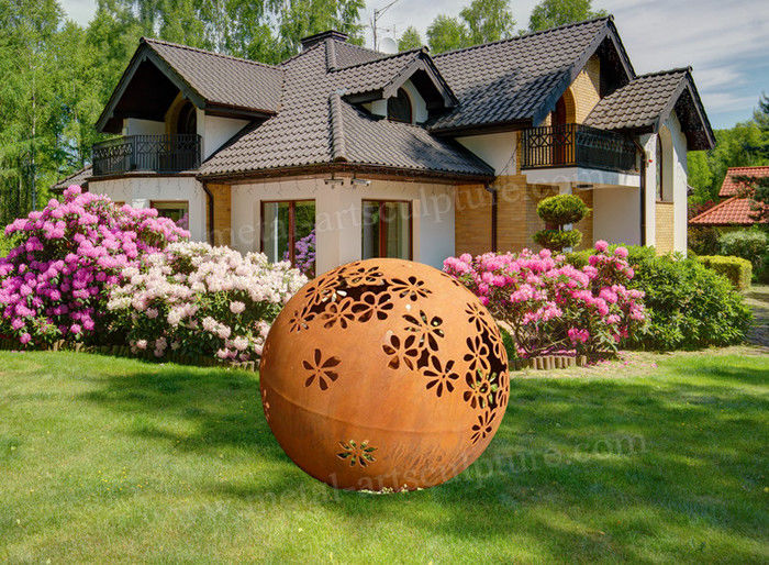 Modern Corten Steel Garden Art Metal Ball Sculpture As Backyard Decoration