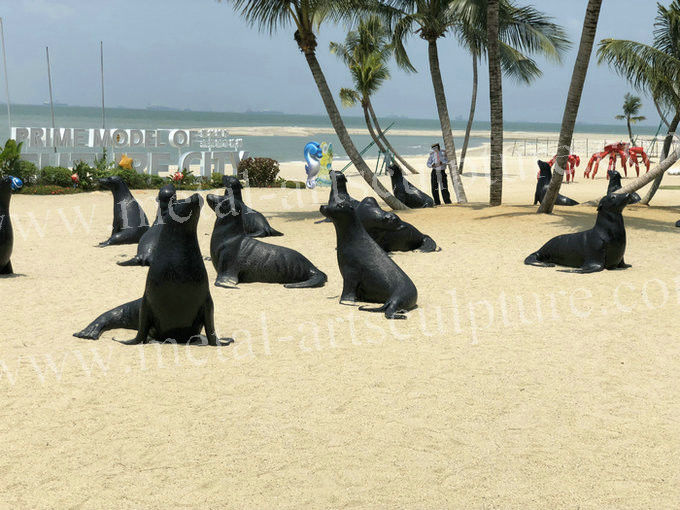 Seaside Decoration Sea Lion Statue , Handmade Fiberglass Outdoor Statues