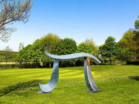 Durable Abstract Art Sculptures With Creative Brush Surface As Outdoor Lawn Decoration
