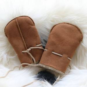 Wholesale Price China Kids Winter Boots - Babies/kids suede sheepskin mittens – Fanshen