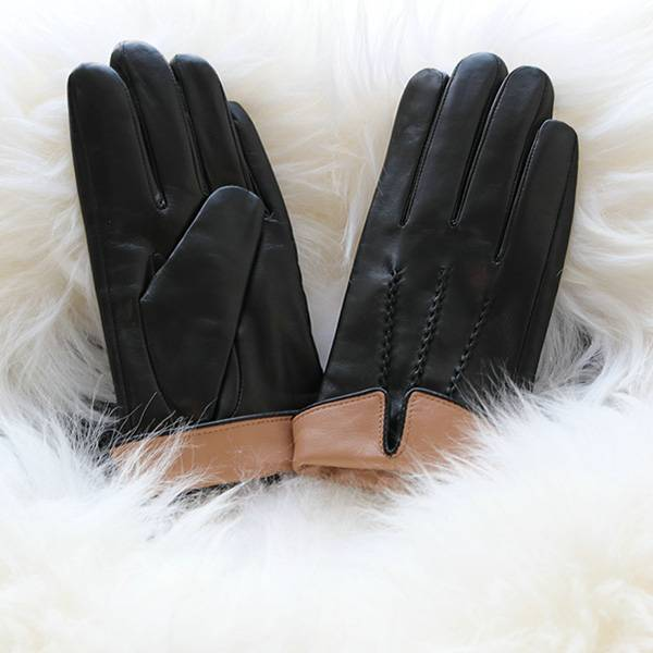 Ladies black sheep leather gloves with cognac cuff Featured Image