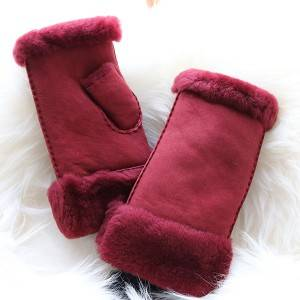 Ladies Sheepskin fingerless Mittens with handsewn craft