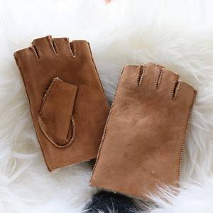Ladies classical Sheep shearling fingerless Mittens