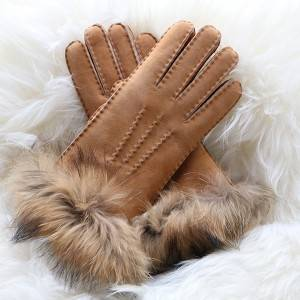 Ldies handmade suede Merino sheepskin gloves with fox fur cuff
