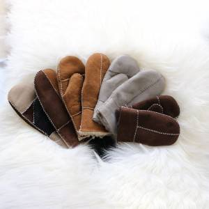 kids/childrens shearling sheepskin mittens