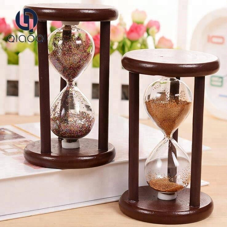 Handmade elegant unique ball sand hourglass