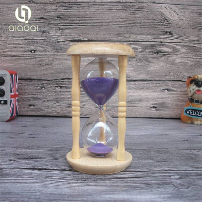 Wooden round timer hourglass 10 minutes
