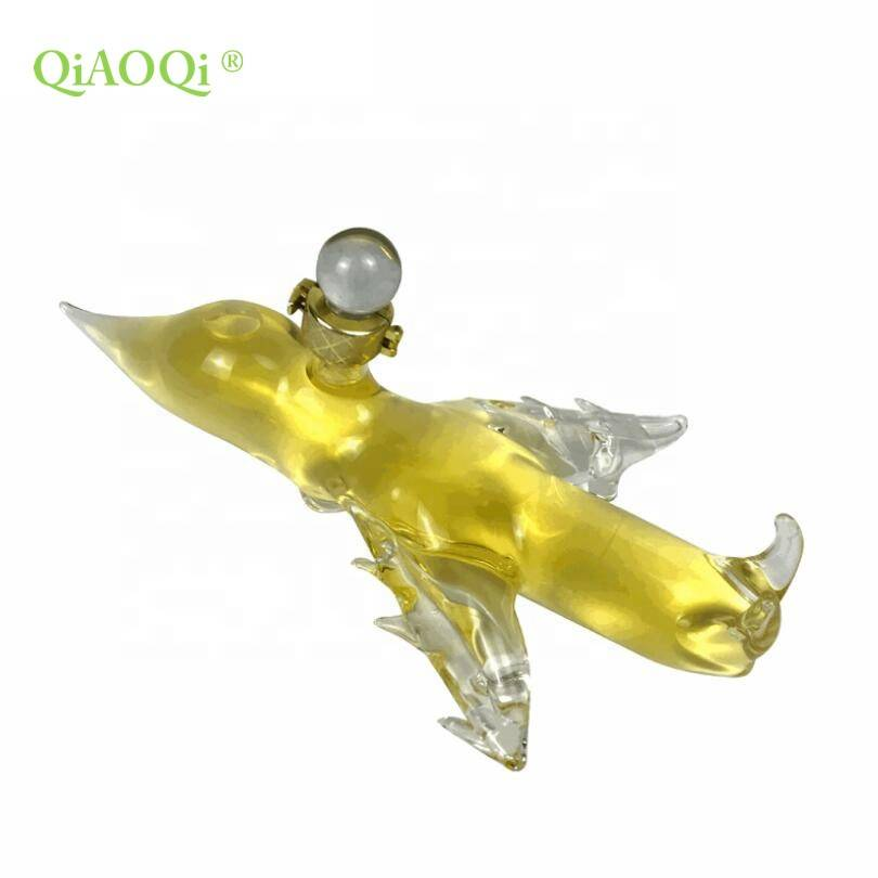 QiAOQi Factory Direct Sale Mouthblown Borosilicate Aircraft Shaped Clear Glass Decanter Wine Bottles