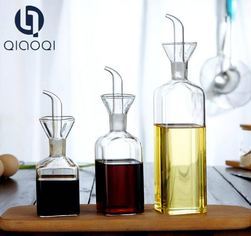 Kitchen glassware square glass cruet bottle for cooking oil