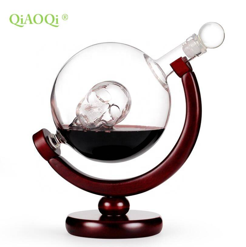 QiAOQi Globe red glass bottle/glass bottle for whiskey