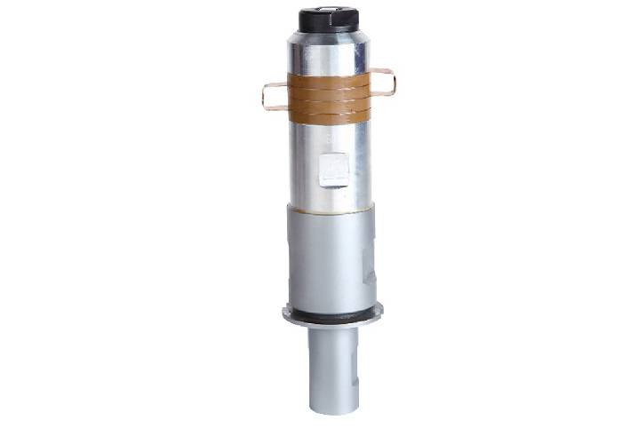 20Khz 1500w Ultrasonic Welding Transducer with Steel Booster Vibration System Featured Image