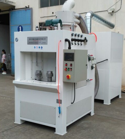 Automatic turn sandblast machine