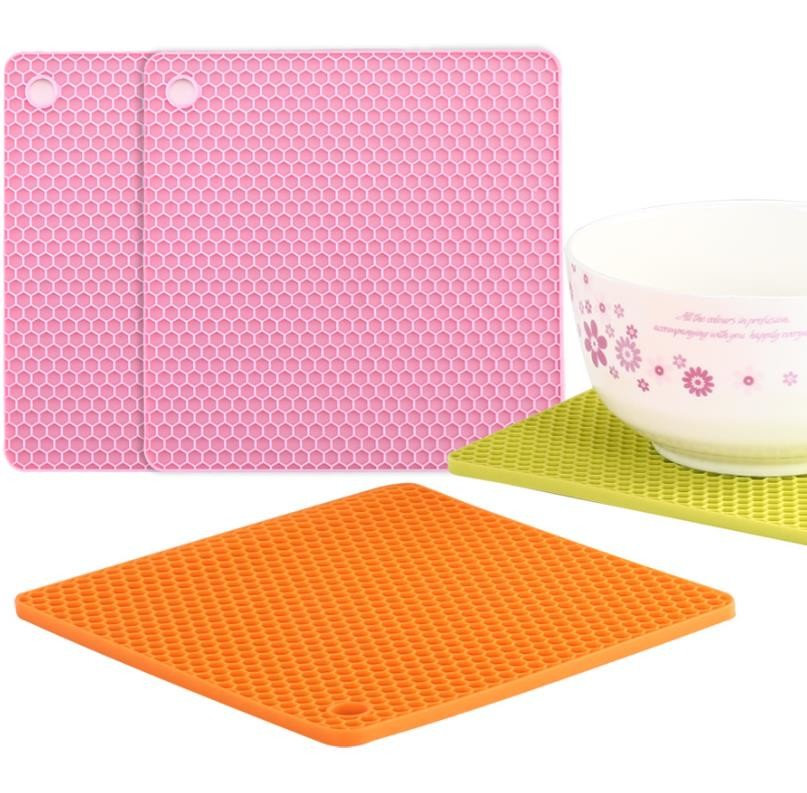 Small Honeycomb Silicone Kitchen Tools Plated  18.2*18.2*0.6cm For Baby