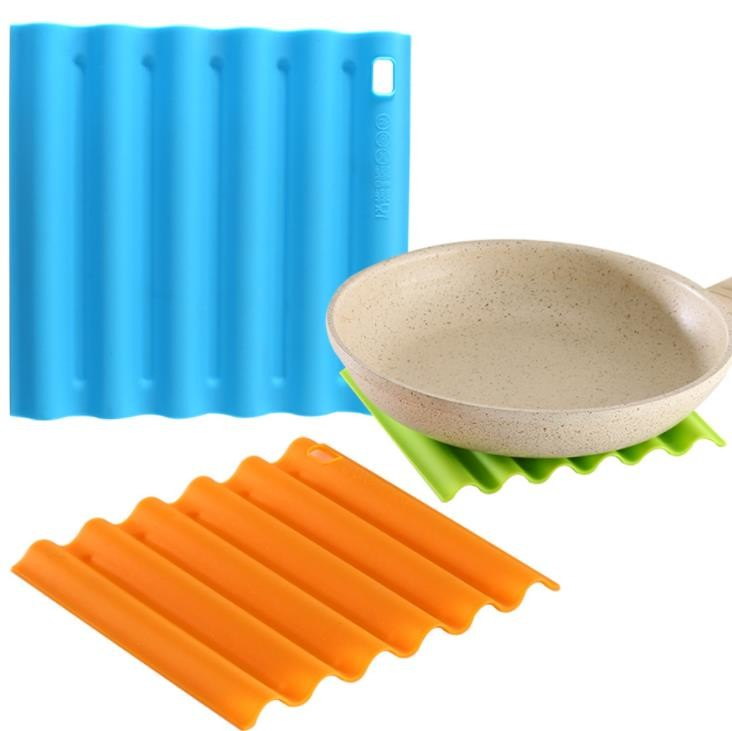 High Temperature Silicone Kitchen Tools Pad Dishwasher Safe Colorful