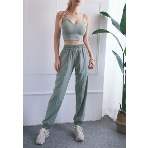 Custom women's crop top workout sweatpants activewear set