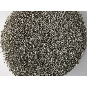 Stainless steel grit