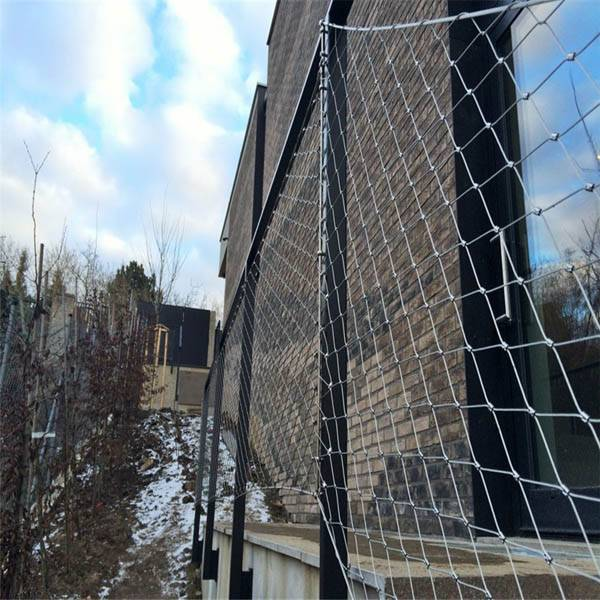Balustrde and railing protection stainless steel wire rope mesh net Featured Image