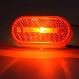 Trailer clearance/marker light with Stud-mount base/ Amber/Red color