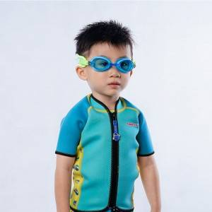 Cartoon pattern children swimming goggles adustable strap  neoprene material