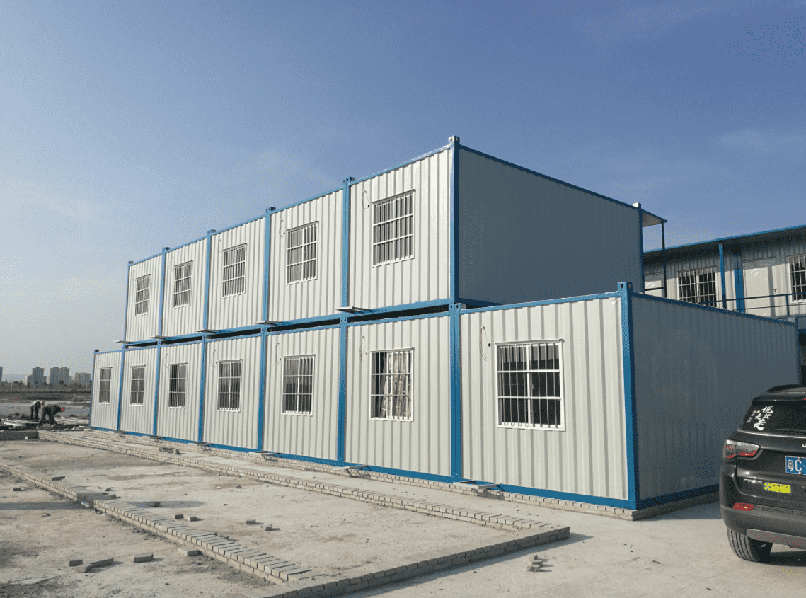 What are the advantages of container houses different from traditional buildings?