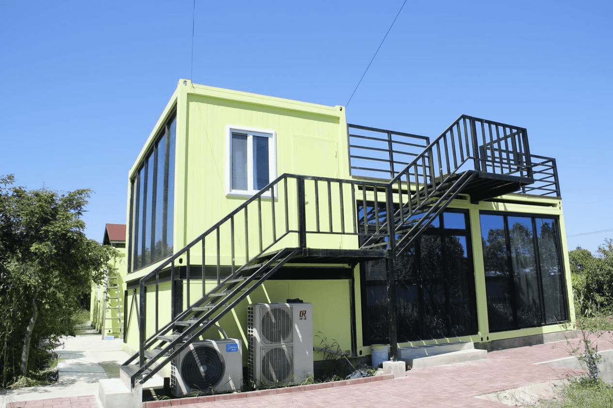 What are the on-site installations of container house?