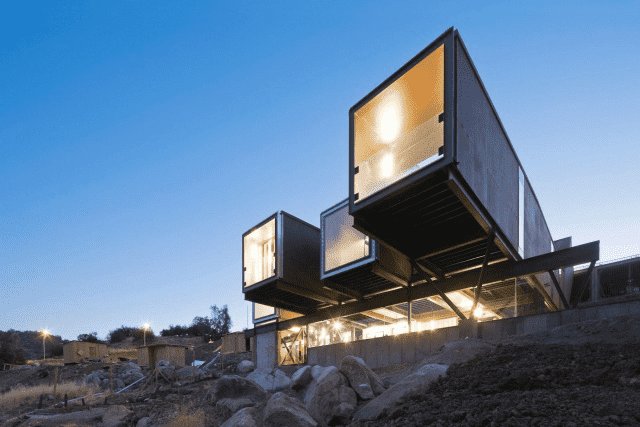 What opportunities and challenges will the development of container houses face?