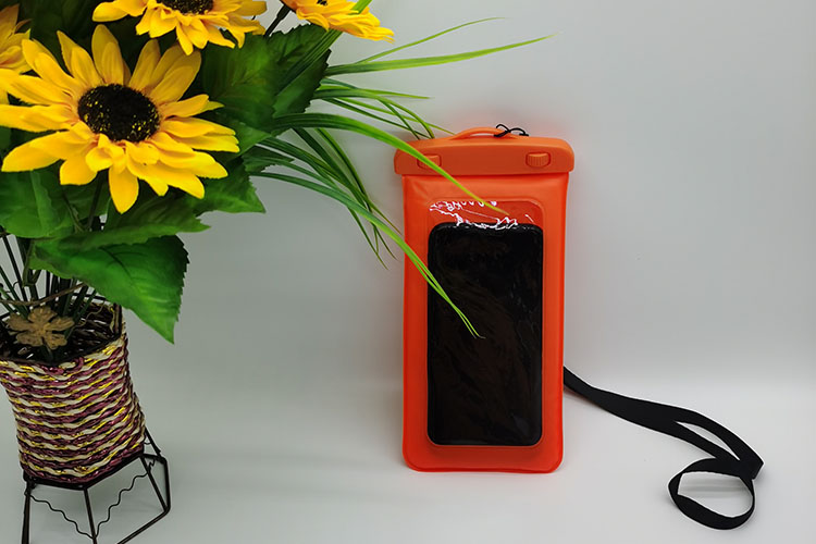 Waterproof bag in orange color Featured Image