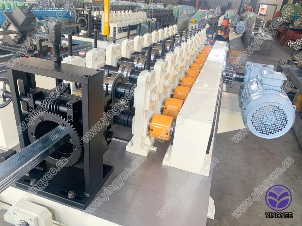 60m/min high speed light keel roll forming machine