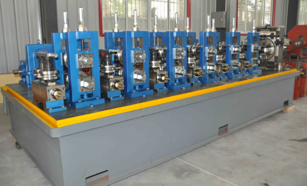 Square tube mill welding line
