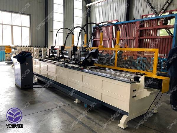 High speed without noises steel angle stud and track light keel roll forming machine Featured Image