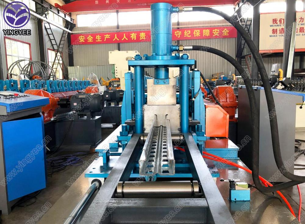 Heavy duty Storage rack rolling machine