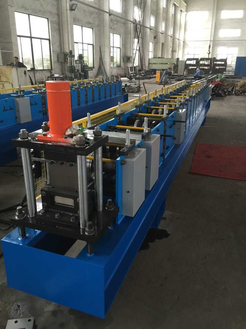 Storage rack beam machine