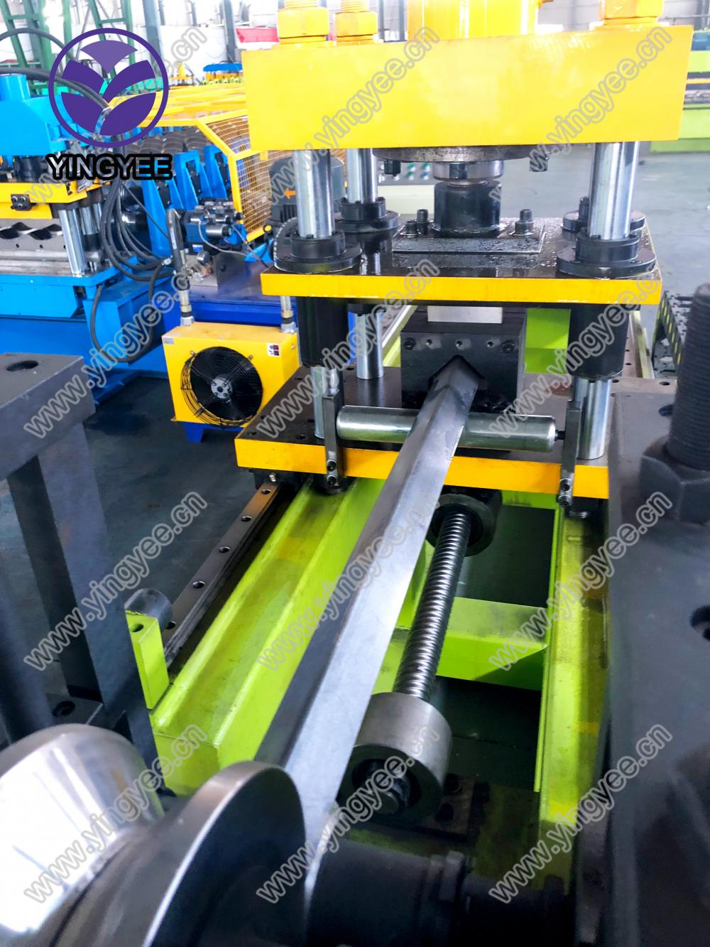 2 mm Iron Steel Angle Roll Forming Machine