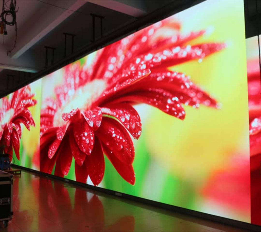 What is the difference in LED display, LCD,Projector And DLP?