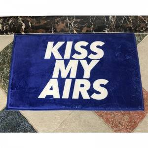 China Carpet Factory Custom Kiss My Airs 40*60cm Coral Fleece Floor Mat