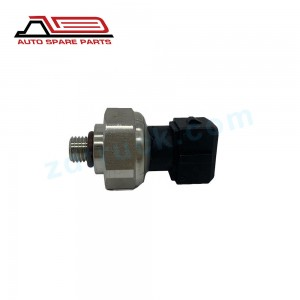 For IVECO for BENZ  High Quality Truck Oil Pressure Sensor Fuel Pressure Sensor 500377533 7.56624