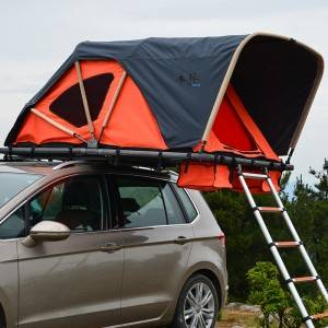 Soft car rooftop tent- folding manually with cornice